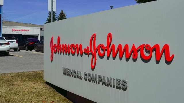 Johnson & Johnson приостановила испытания вакцины от COVID-19 из-за болезни участника