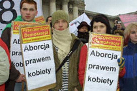Ежегодно до 10 тысяч полек приезжают в Великобританию [за абортами]