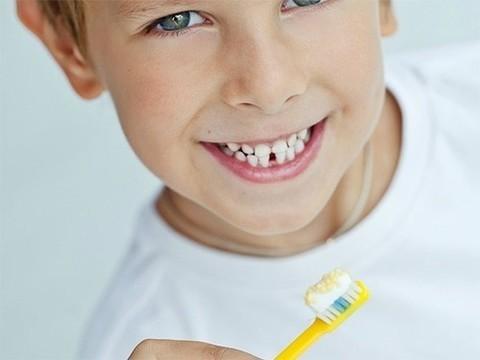 Антисептик из вашей зубной пасты мешает работать антибиотикам