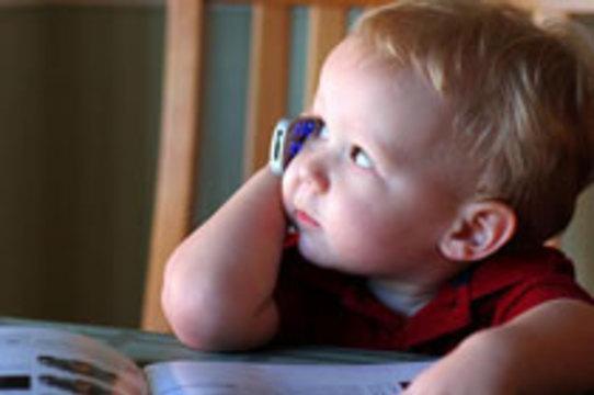 Роспотребнадозор требует оградить детей от вредного воздействия [мобильных телефонов]