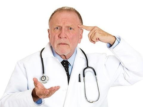 «Затыкать дыры неграмотными врачами недопустимо»