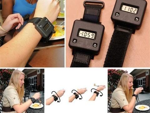 Специальный браслет поможет меньше есть