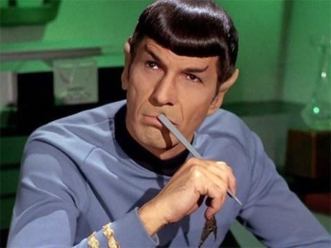 """Фанатов """"Звёздного пути"""" призвали отказаться от курения"""