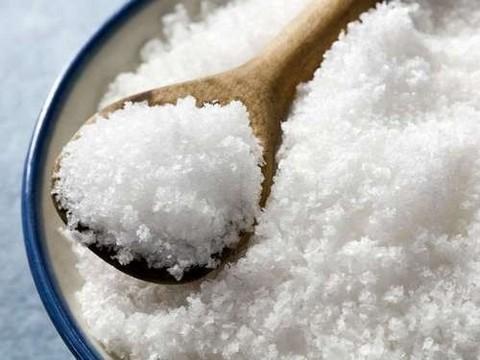 «Йодированная соль – не лечебная добавка. Это обычный необходимый каждому пищевой продукт»