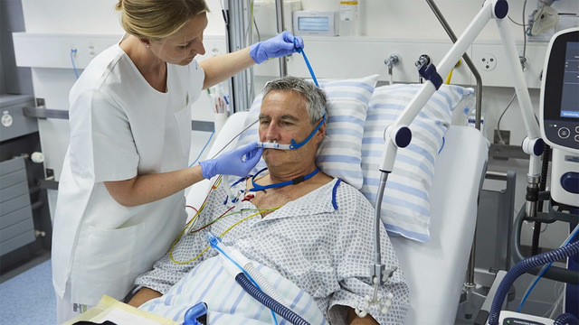 В Пироговке тестируют высокопоточную оксигенотерапию для дыхательной недостаточности при COVID-19
