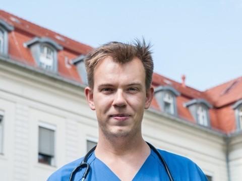Молодые врачи. Педиатр Михаил Власихин