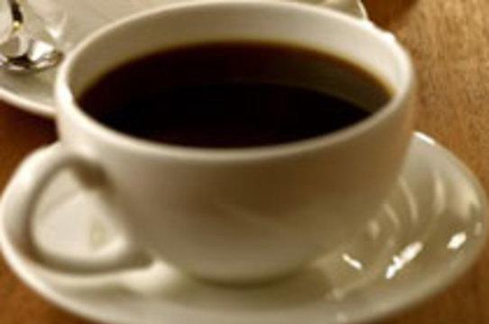 Повышенное потребление кофе [снижает риск рака яичника]