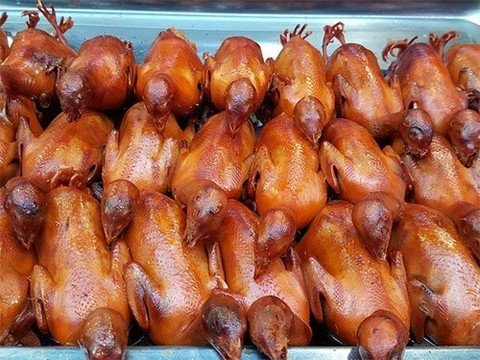 Жареная курица укорачивает жизнь зрелых женщин