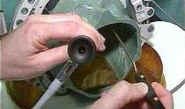 Хирурги тренируются оперировать на трехмерной модели