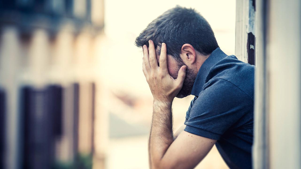 Дефицит основного гормона щитовидной железы может спровоцировать суицидальные мысли