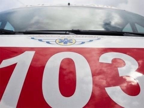 Сотрудники скорой помощи вытащили детей из огня