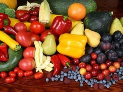Обилие овощей и фруктов в рационе [снижает риск смерти почти в два раза]
