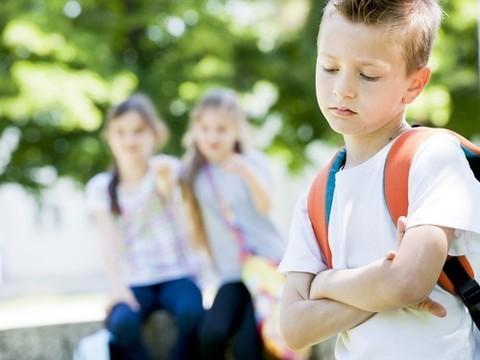 Помощь больным аутизмом: что такое хорошо и что такое плохо