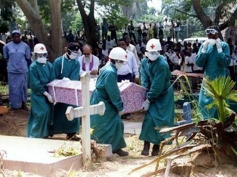 Число жертв лихорадки Эбола [превысило 5100 человек]
