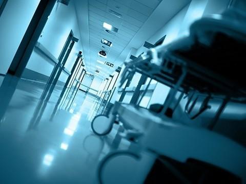 Шансы умереть в больнице выше в выходные и по ночам