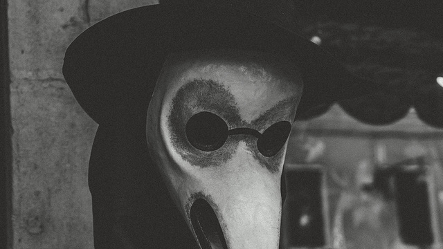 Во время пандемии люди стали чаще видеть коллективные кошмары — исследование