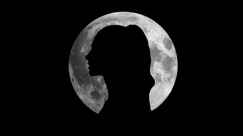 Менструальный и лунный циклы периодически синхронизируются